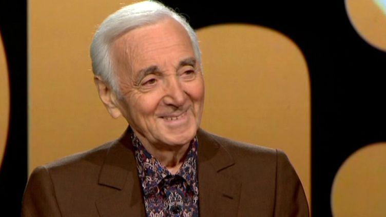 Charles Aznavour sur le plateau de 20h30  (France 2 Culturebox capture d'écran)