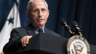 Anthony Fauci, directeur de l'Institut américain des maladies infectieuses, donne une conférence de presse à la Maison Blanche, à Washington, le 26 juin 2020. (JOSHUA ROBERTS / GETTY IMAGES NORTH AMERICA / AFP)