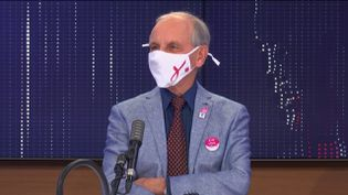 Le généticien Axel Kahn,président de Ligue nationale contre le cancer, le 24 octobre 2020 sur franceinfo. (FRANCEINFO / RADIOFRANCE)