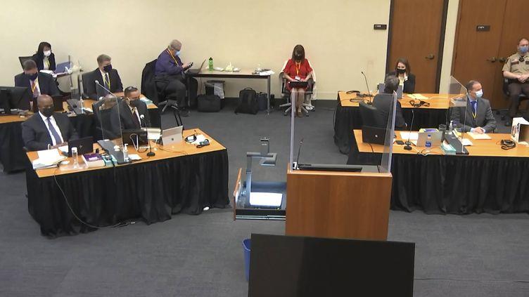 A l'ouverture du procès de l'ancien policier de Minneapolis Derek Chauvin pour la mort de George Floyd, le 25 mai 2020, au palais de justice du comté d'Hennepin, à Minneapolis (Etats-Unis), le 29 mars 2021. (AP / SIPA)