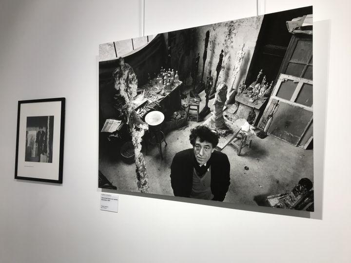 Le sculpteur Alberto Giacometti dans son atelier parisien, 1957 (O. Morain)