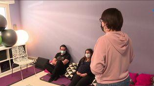 Santé : les sages-femmes toujours mobilisées pour obtenir un meilleur statut (France 3)