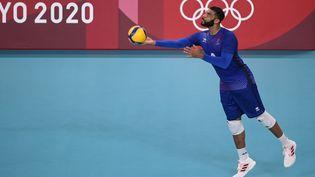 Earvin Ngapeth et les Bleus ont été battus par le Brésil le 1er août 2021 mais ils disputeront bien les quarts de finale des Jeux olympiques de Tokyo. (CROSNIER JULIEN / KMSP / AFP)