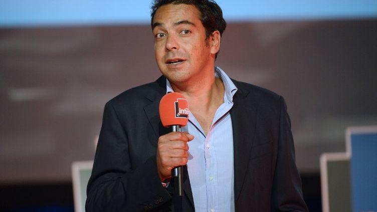 A 54 ans, Patrick Cohen rejoint Frédéric Schlesinger, actuel directeur délégué aux antennes et aux programmes de Radio France, nommé récemment vice-directeur général d'Europe 1. (LIONEL BONAVENTURE / AFP)