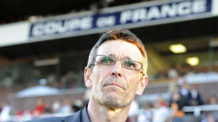 Jean-Louis Garcia, l'entraîneur de Lens dépité  (DAMIEN MEYER / AFP)