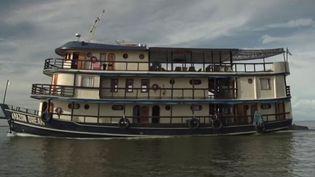 France 2 nous emmène au Brésil pour une croisière au fil de l'eau sur l'Amazone, ce fleuve mythique et fascinant doté d'une incroyable biodiversité. (France 2)