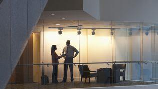 Une femme sur cinq est confrontée à une situation de harcèlement sexuel au cours de sa vie professionnelle, selon une étude Ifop de 20014, réalisée pour le Défenseur des droits. Image d'illustration. (JETTA PRODUCTIONS / BLEND IMAGES / GETTY IMAGES)