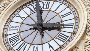 La fin du changement d'heure, votée par le Parlement européen en mars dernier, ne sera pas effective avant 2021. (Photo d'illustration) (LEYLA VIDAL / BELGA MAG / AFP)