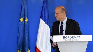 Le maire de Bordeaux, Alain Juppé, lors d'une conférence d epresse, le 6 mars 2017. (MEHDI FEDOUACH / AFP)