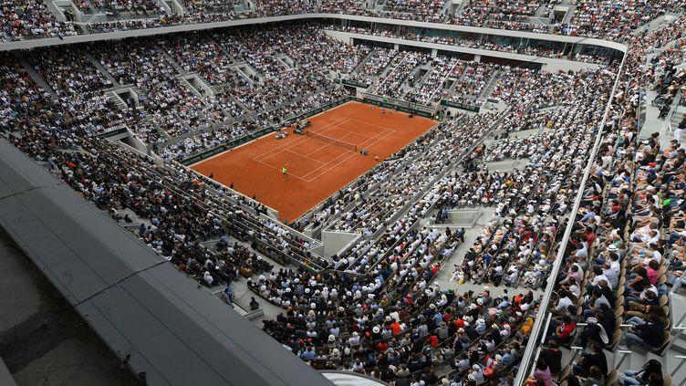 Le court Philippe-Chatrier à Roland-Garros (PHILIPPE MILLEREAU / KMSP)