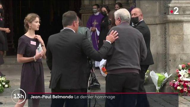 Décès de Jean-Paul Belmondo :  le dernier adieu de ses fans à Saint-Germain-des-Prés