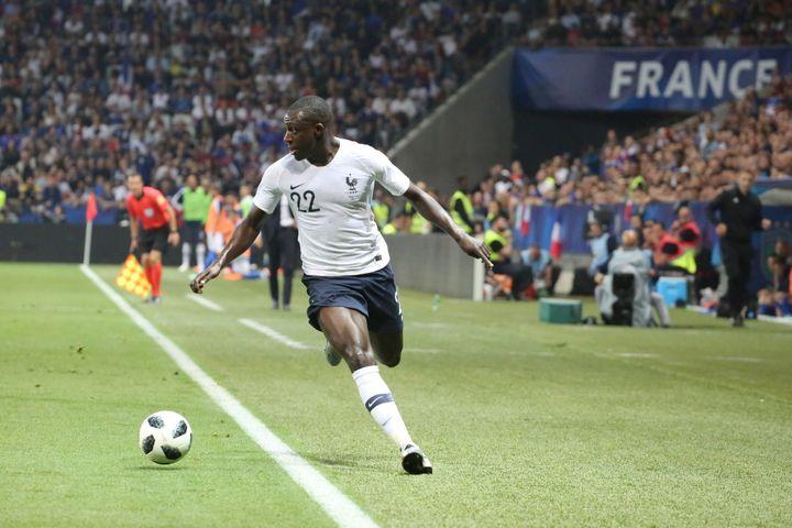 Le défenseur latéral des Bleus Benjamin Mendy lors du match amical contre l'Italie, le 1er juin 2018 à Nice (Alpes-Maritimes). (MASSIMILIANO FERRARO / NURPHOTO)