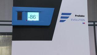 L'entreprise Froilabo est la seule en France à fabriquer des super congélateurs qui peuvent descendre jusqu'à -86°. (V. Benais / France 3)