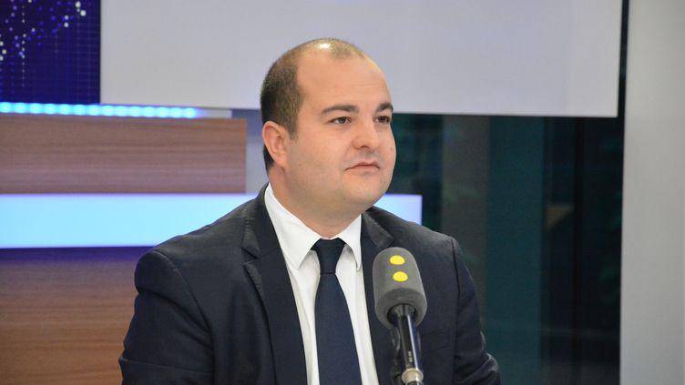 Selon un sondage du Figaro, 72% des Français sont très hostiles à la sortie de l'euro. (JEAN-CHRISTOPHE BOURDILLAT / RADIO FRANCE)