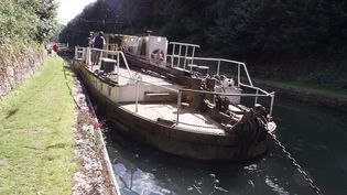 Canal de Saint Quentin très utilisé pour le transport des marchandises jusqu'à la fin des années 1960, Photo prise le 11 août 2014. (FRANCOIS NASCIMBENI / AFP)