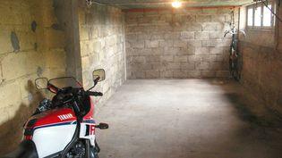 C'est dans cette cave située dans la cité des Charmilles au Creusot (Saône-et-Loire) que le corps de Christelle Maillery a été retrouvé en 1986. (BRUNO LEDION / LE JOURNAL DE SAONE ET LOIRE / MAXPPP)