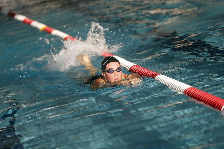 La nageuse française Camille Muffat à l'entraînement à Nice, le 14 septembre 2012. (VALERY HACHE / AFP)