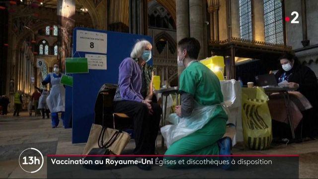 Royaume-Uni : des personnes vaccinées contre le Covid-19 dans des cinémas et des cathédrales