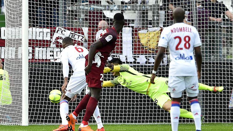 Marcelo buteur face à Metz (JEAN-CHRISTOPHE VERHAEGEN / AFP)
