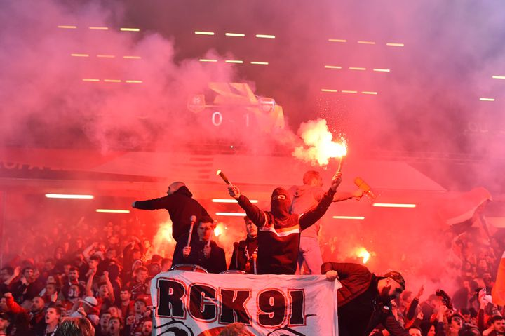 En huitièmes de finale aller de la Ligue Europa 2019, les supporteurs rennais avaient enflammé les tribunes pour la réception d'Arsenal. (LOIC VENANCE / AFP)