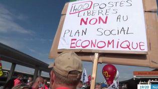 Grèves : l'exécutif attentif au climat social (FRANCE 3)