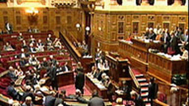 Le Sénat a donné son feu vert à la création de la taxe carbone. (France 2)