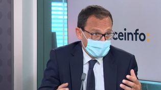 Stéphane Israël, le président exécutif d'Arianespace, sur franceinfo, le 17 juin 2021. (FRANCEINFO / RADIOFRANCE)