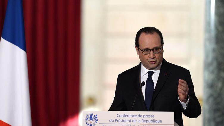 Le président de la République, François Hollande, s'exprime lors d'une conférence de presse semestrielle, au palais de l'Elysée, à Paris, le 5 février 2015. (ALAIN JOCARD / AFP)