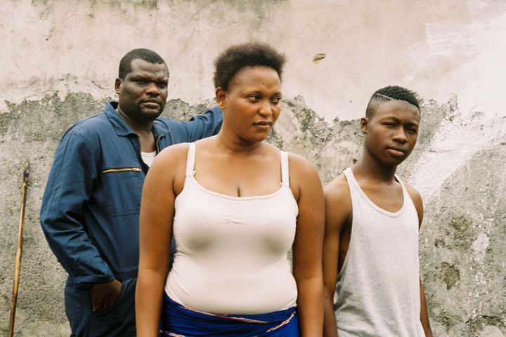 """Papi Mpaka, Beya Mputu et Gaetan Claudia dans """"Félicité"""" d'Alain Gomis  (Jour2fête)"""