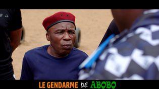 """L'acteur ivoirien Michel Gohou dans une scène du film """"Le Gendarme de Abobo"""" réalisé par le cinéaste français Anton Vassil. (B-MOL PRODUCTIONS)"""