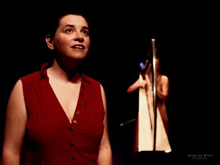 Rhapsodes Antigone au Théâtre de l'Adresse, Avignon (Sandrine Pinel)