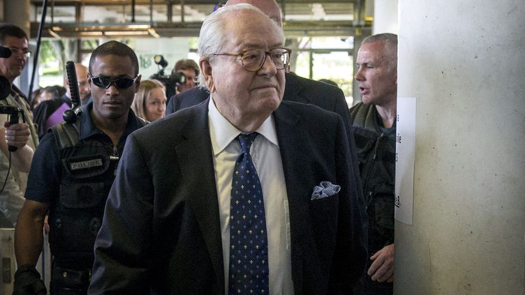 Jean-Marie Le Pen, le 12 juin 2015, au tribunal de Nanterre (Hauts-de-Seine). (  MAXPPP)