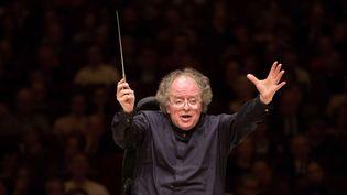 James Levine dirige l'orchestre du MET dans un concert à Carnegie Hall à New York en 2013.  (Marty Sohl/AP/SIPA)