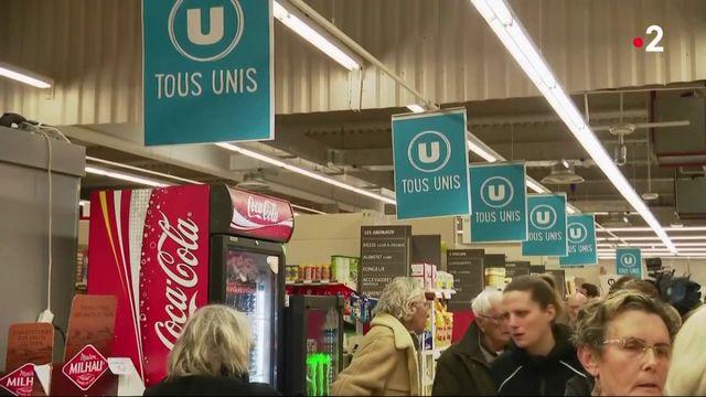 Trèbes : émotion pour la réouverture du supermarché