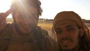 Un proche de Houssem et Sabri a gardé cette photo envoyée par les deux frères depuis le front jihadiste en Syrie. ( DR )