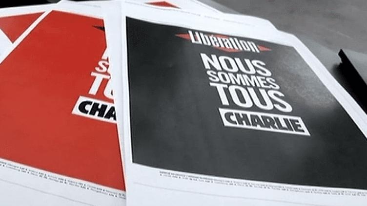 """""""Nous sommes tous Charlie"""" : la Une de Libération, comme un avis de deuil mais aussi message de soutien à Charlie Hebdo  (France 3 Culturebox)"""