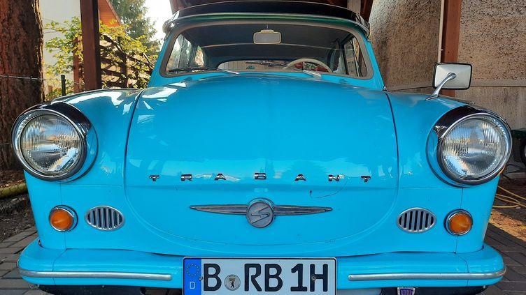 La Trabant modèle P60. (LUDOVIC PIEDTENU / RADIO FRANCE)