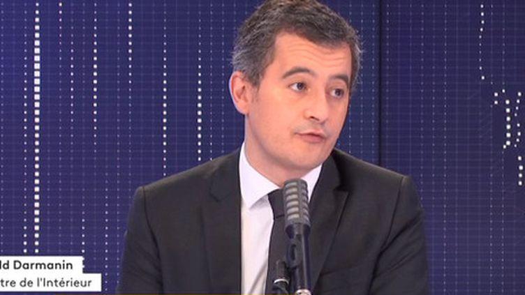 """Le ministre de l'Intérieur Gérald Darmanin était l'invité du """"8h30 franceinfo"""", vendredi 13 novembre 2020. (FRANCEINFO / RADIOFRANCE)"""
