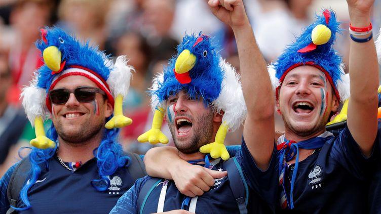 Des supporters français avant France-Danemark, le 26 juin 2018 à Moscou. (LAVANDEIRA JR / EFE)