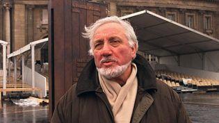 Le sculpteur Jean Cardot à Paris, en 2000. (JOEL ROBINE / AFP)
