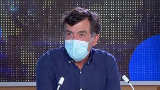 Covid-19 : le professeur Arnaud Fontanet se réjouit de voir la vaccination progresser chez les jeunes. (FRANCEINFO)