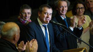 Frédéric Barbier, élu député de la 4e circonscription du Doubs, prend la parole au soir de la législative partielle, le 8 février 2015. (SEBASTIEN BOZON / AFP)