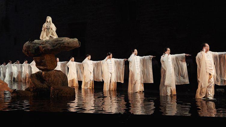 Antigone de Sophocle mis en scène par Satoshi Miyagi  (Christophe Raynaud de Lage/Festival d'Avignon)