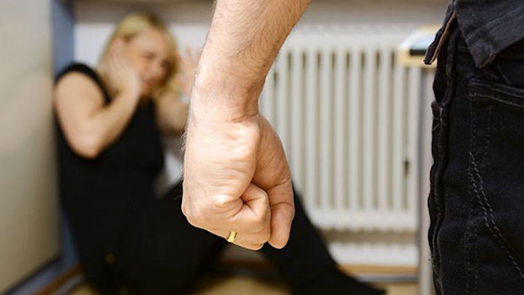 Violences conjugales : quel est le rôle des médecins légistes?