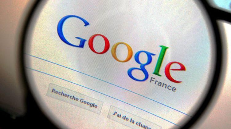 """(Google, mis en demeure par l'instance en raison de sa non-conformité au """"droit à l'oubli"""" © Maxppp)"""