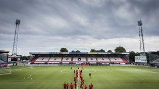 Les joueurs du FC Emmen s'entraînent dans leur stade, le 31 juillet 2018, à Emmen (Pays-Bas). (SIESE VEENSTRA / ANP / AFP)