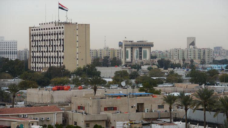 """Vue d'ensemble de la """"Green Zone"""", quartier ultrasécurisé de Bagdad (Irak) où se situe notamment l'ambassade américaine. (SERGEY MAMONTOV / SPUTNIK / AFP)"""