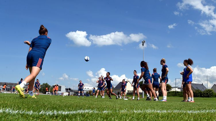 L'équipe de France féminine de rugby en stage à Ploufragan,en Bretagne dans le département des Côtes-d'Armor, le 1er juin 2017 (illustration) (NICOLAS CR?ACH / MAXPPP)