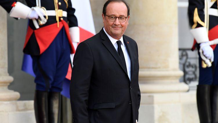 L'ancien président de la République François Hollande, le 30 septembre 2019 à l'Elysée (Paris). (BERTRAND GUAY / AFP)