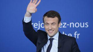 Emmanuel Macron lors d'un meeting à Saint-Priest-Taurion (Haute-Vienne), le 25 février 2017. (PASCAL LACHENAUD / AFP)